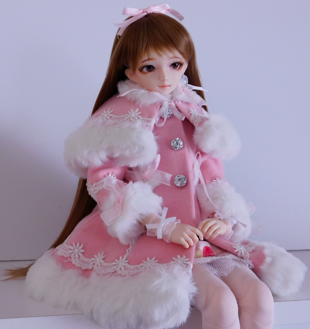 Lolita, Sweet Lolita, Winter Coat, MSD, BJD, Lolita BJD, Obitsu, Hitomi, magicalgirlme, kawaii, Japanese Fashion, TaobaoRing, Taobao, cute, doll, Lolita doll, Hitomi, LeekeWorld Wig, Mako Eyes, The Kawaii Phoenix, caplet